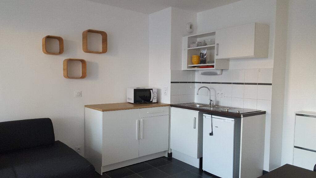 Appartement à louer 1 27.53m2 à La Seyne-sur-Mer vignette-2