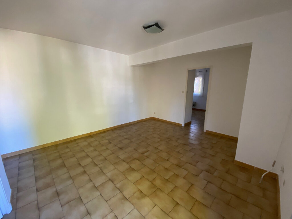 Appartement à louer 2 39.54m2 à Six-Fours-les-Plages vignette-4