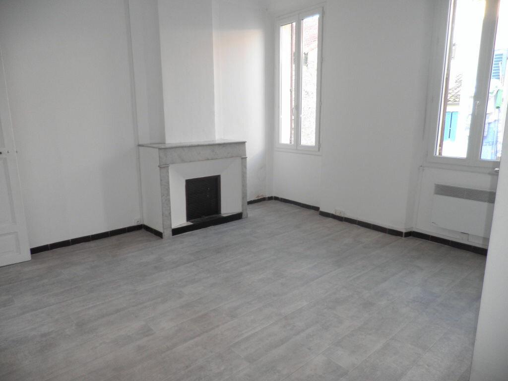 Appartement à louer 2 41.11m2 à La Seyne-sur-Mer vignette-1