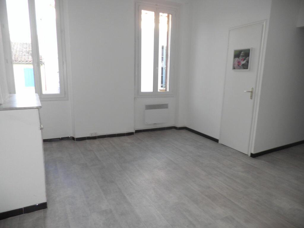 Appartement à louer 2 41.11m2 à La Seyne-sur-Mer vignette-3