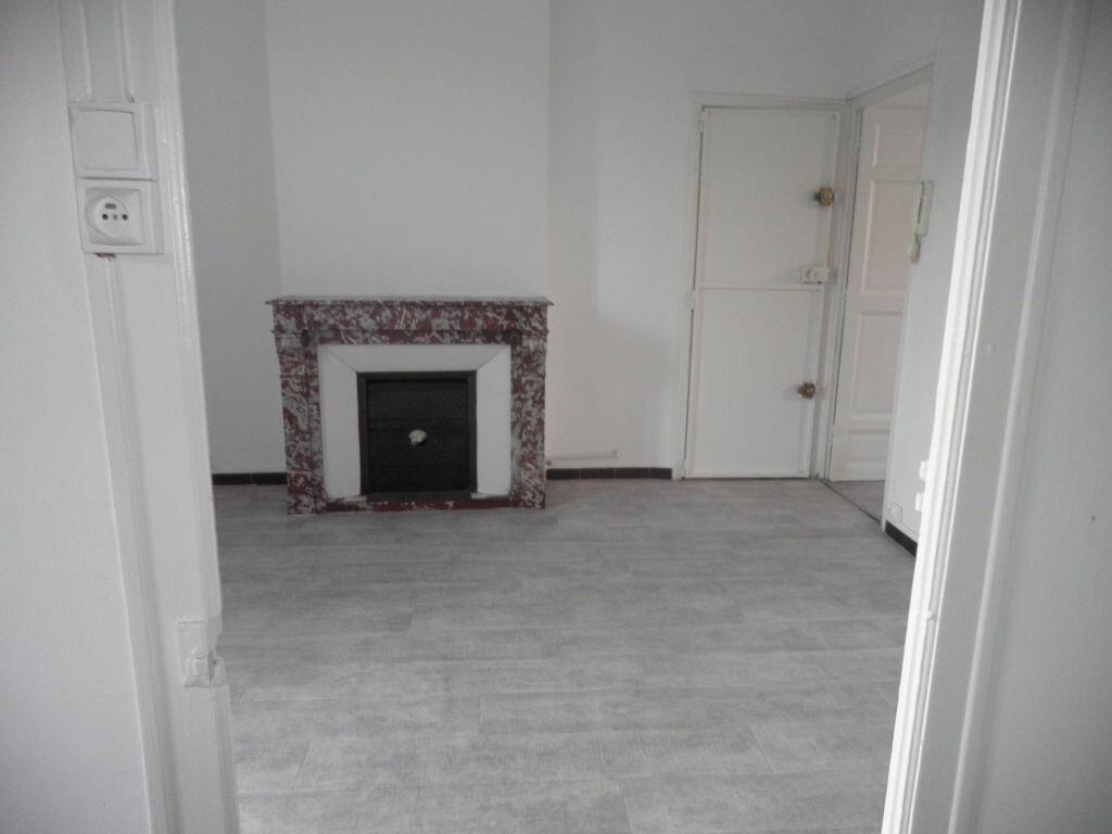 Appartement à louer 2 41.11m2 à La Seyne-sur-Mer vignette-6