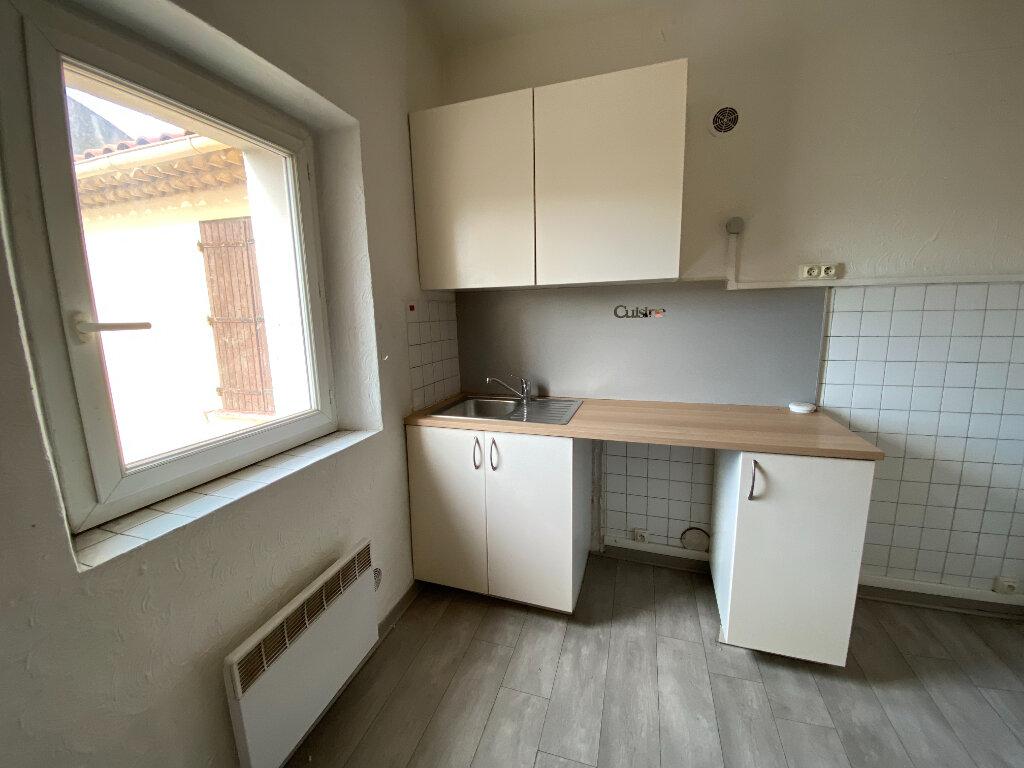 Appartement à louer 3 44.95m2 à La Seyne-sur-Mer vignette-2