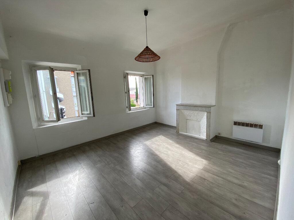 Appartement à louer 3 44.95m2 à La Seyne-sur-Mer vignette-4