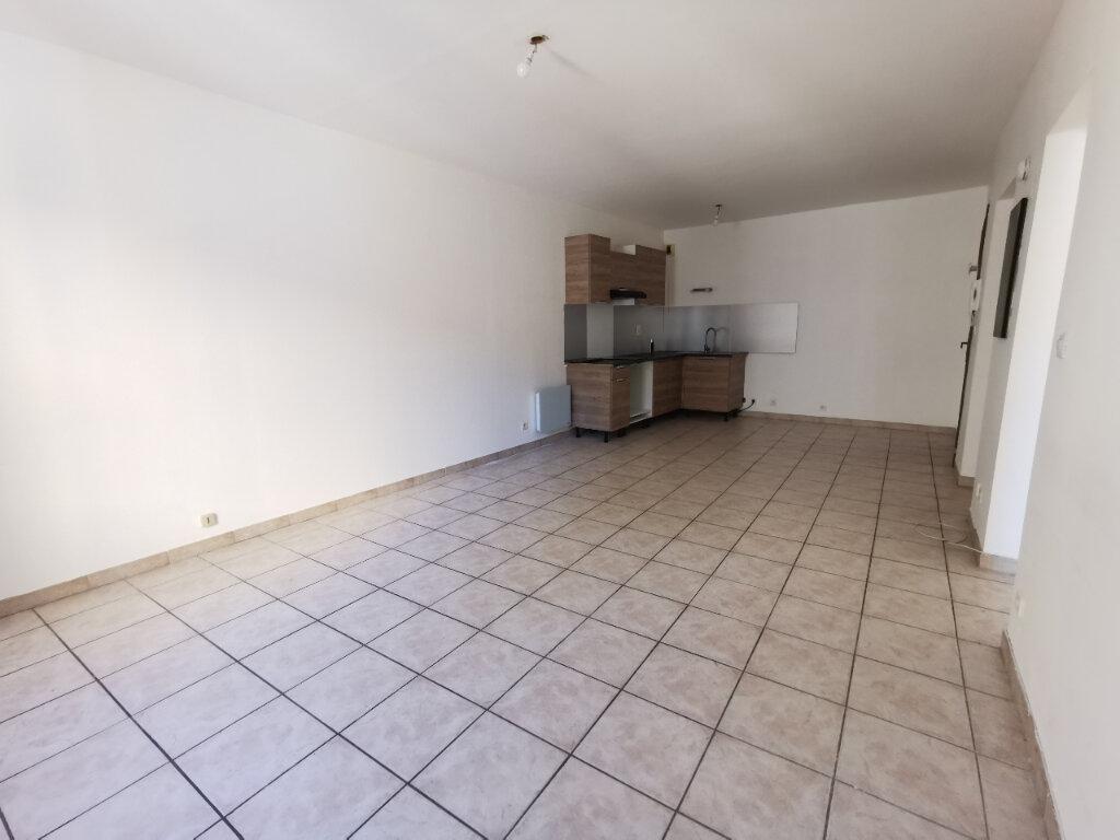 Appartement à louer 2 40.1m2 à La Seyne-sur-Mer vignette-1