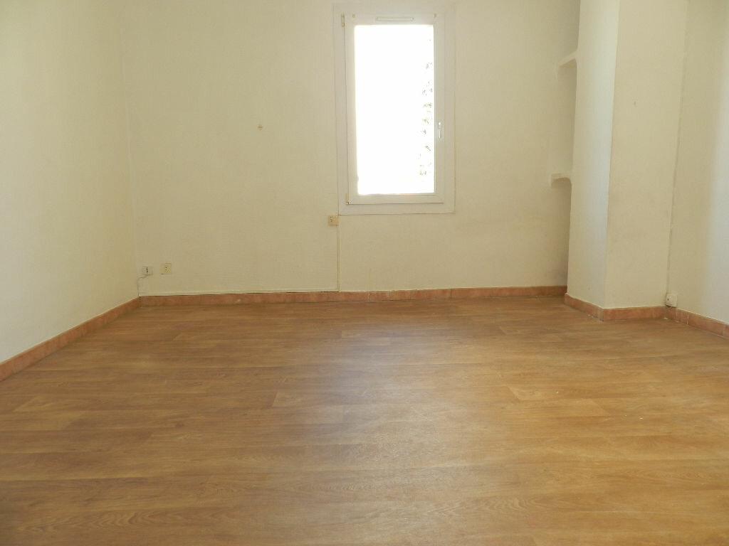 Appartement à louer 2 43.92m2 à La Seyne-sur-Mer vignette-1