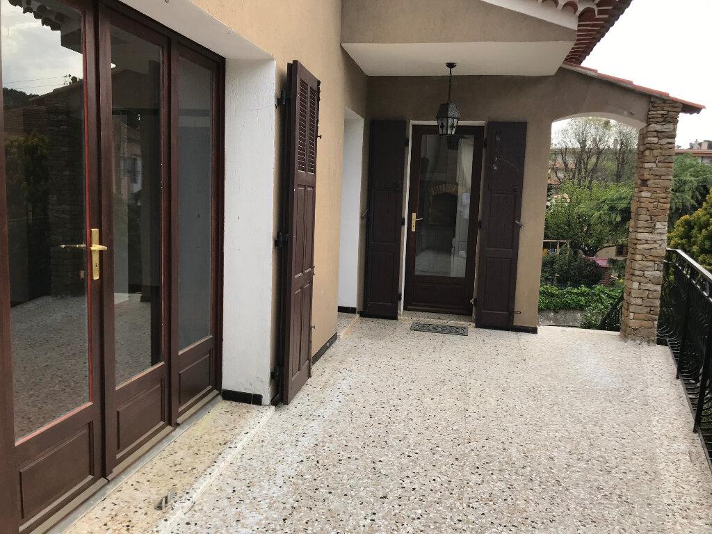 Appartement à louer 3 82m2 à La Seyne-sur-Mer vignette-5