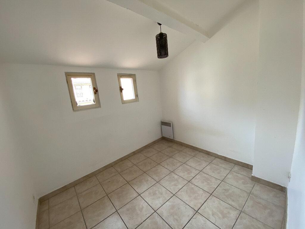 Appartement à louer 3 47.35m2 à La Seyne-sur-Mer vignette-6