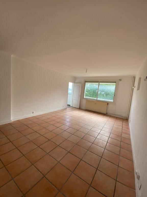 Appartement à louer 3 56m2 à La Seyne-sur-Mer vignette-4