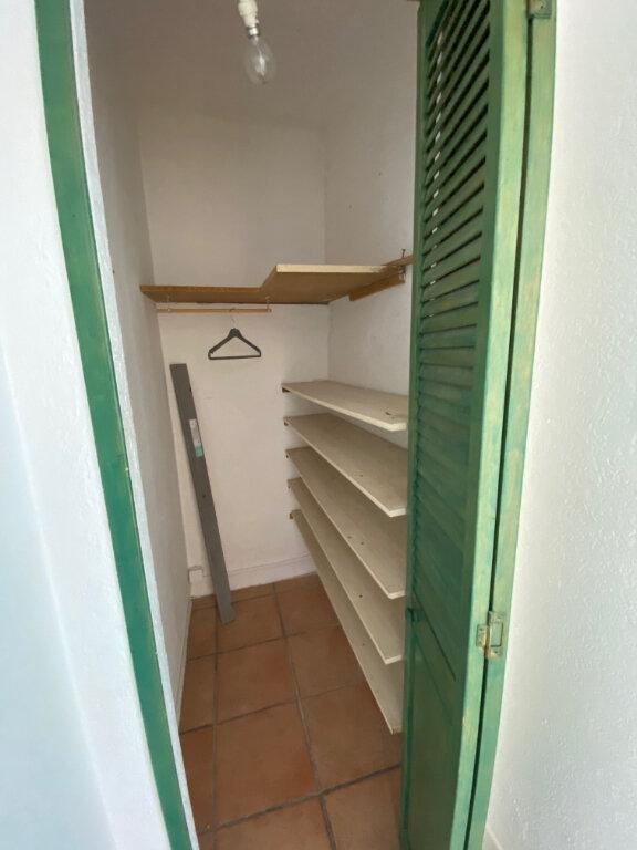 Appartement à louer 3 56m2 à La Seyne-sur-Mer vignette-13