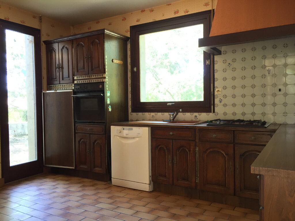 Maison à vendre 6 120m2 à Bressuire vignette-6