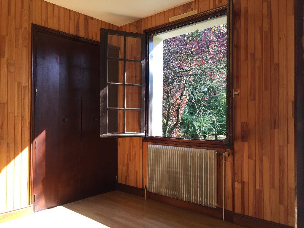 Maison à vendre 6 120m2 à Bressuire vignette-7