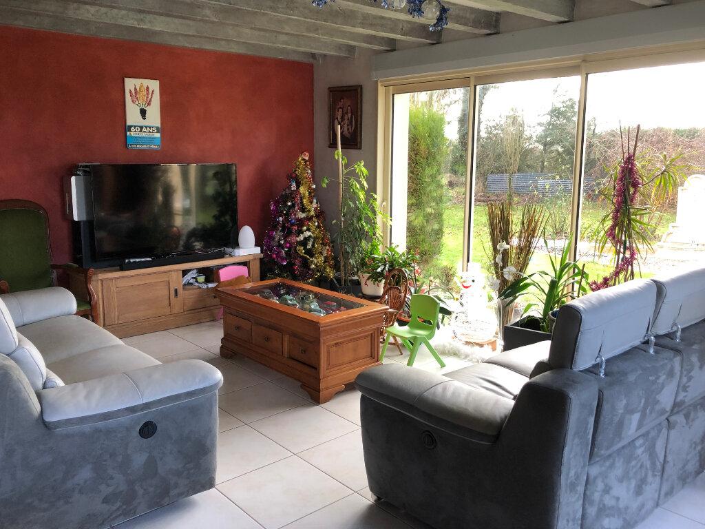Maison à vendre 7 130m2 à Bressuire vignette-1