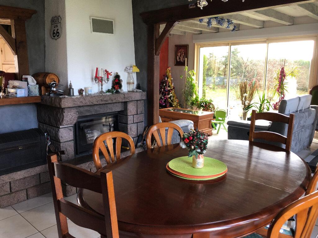 Maison à vendre 7 130m2 à Bressuire vignette-3
