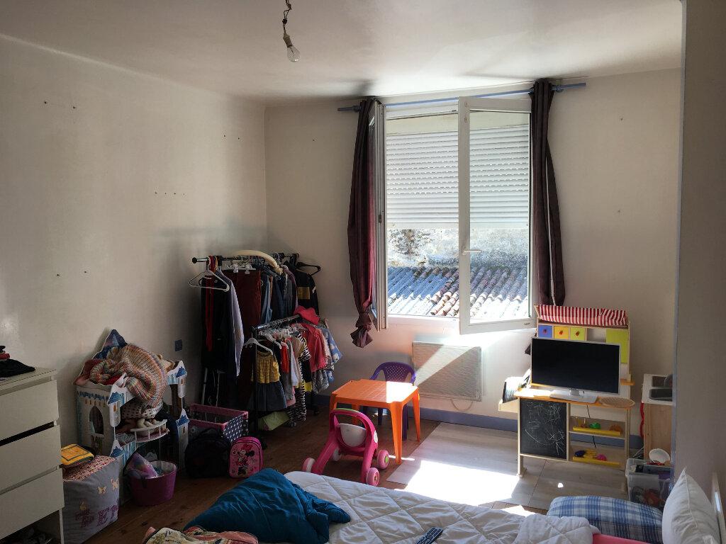 Maison à vendre 5 70m2 à Bressuire vignette-3