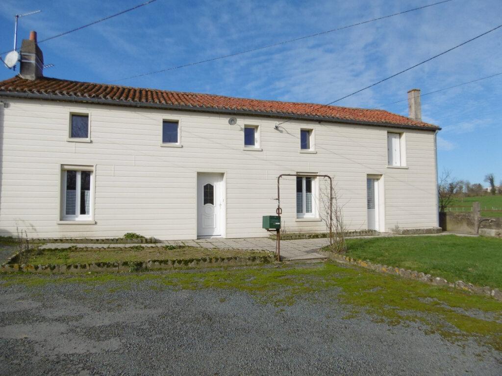 Maison à vendre 4 78m2 à La Chapelle-Saint-Laurent vignette-1