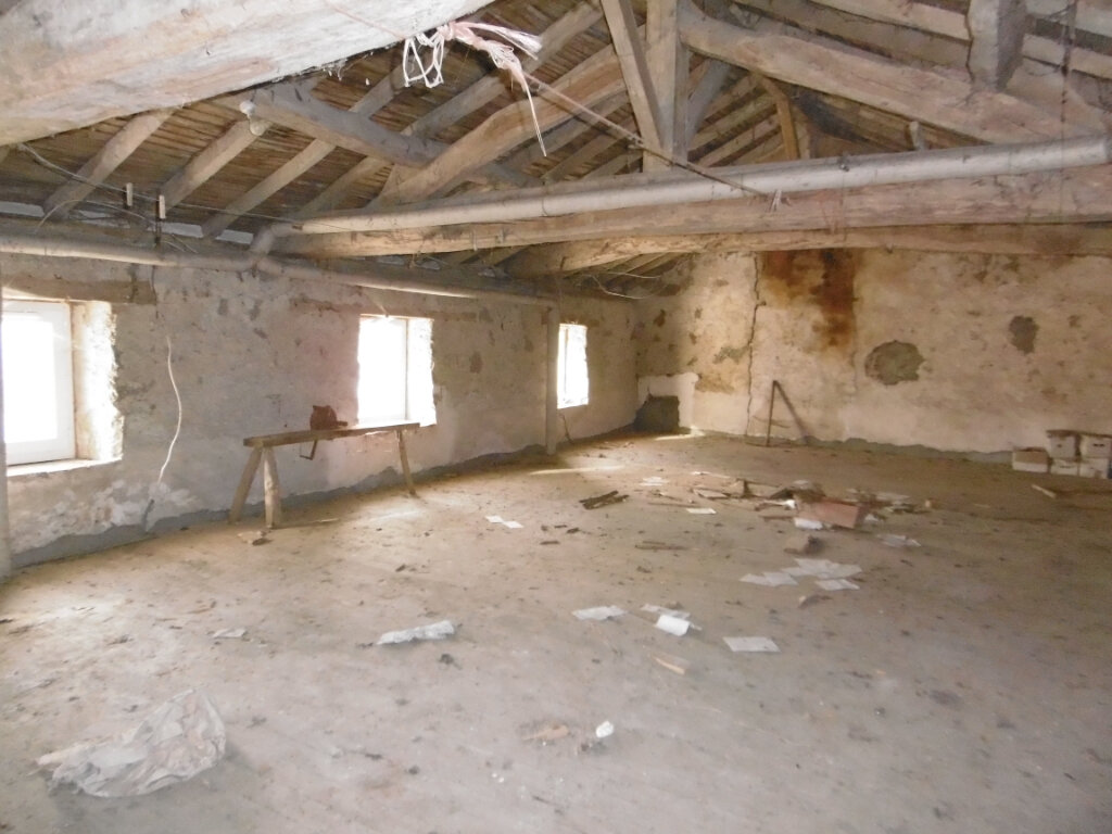 Maison à vendre 4 78m2 à La Chapelle-Saint-Laurent vignette-2