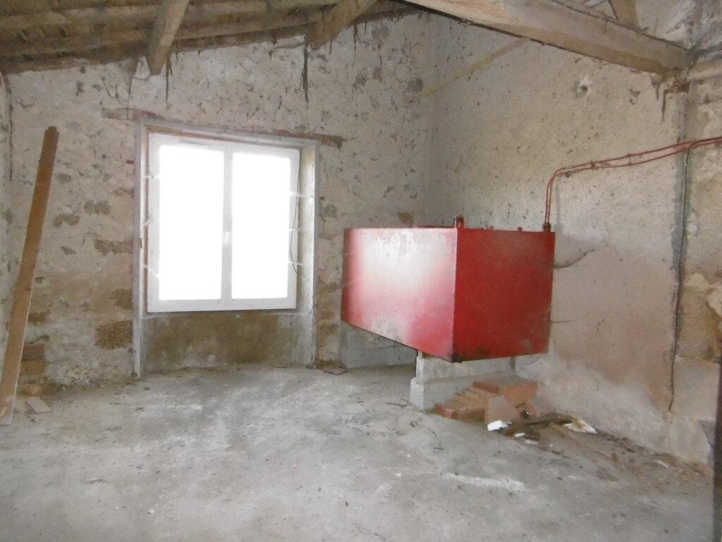 Maison à vendre 4 78m2 à La Chapelle-Saint-Laurent vignette-7
