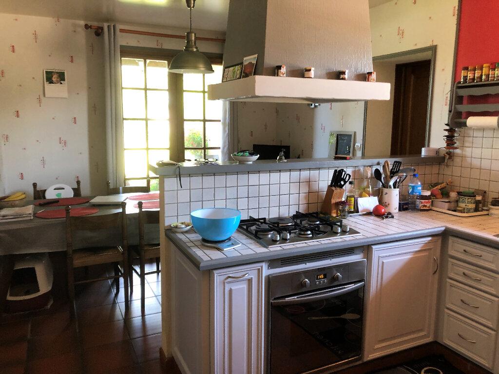 Maison à vendre 5 130m2 à Bressuire vignette-5