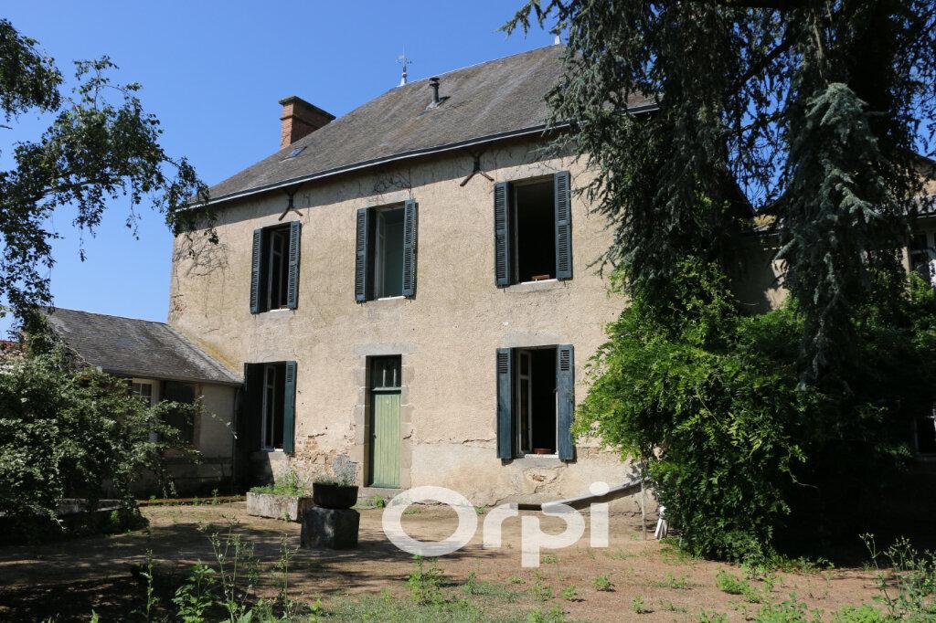 Maison à vendre 11 220m2 à Chiché vignette-1