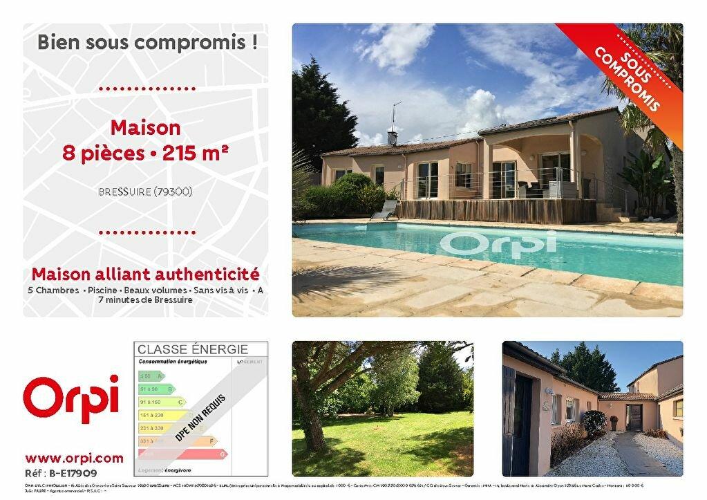 Maison à vendre 8 215m2 à Bressuire vignette-1