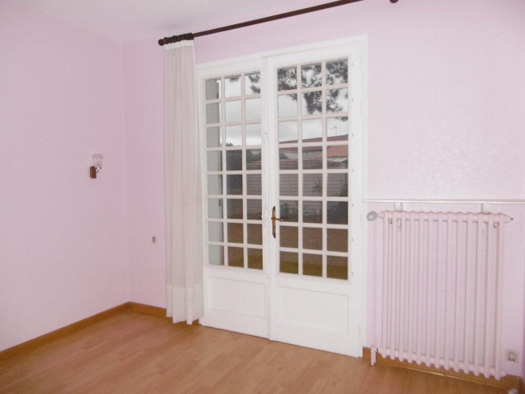 Maison à vendre 5 88m2 à Bressuire vignette-6