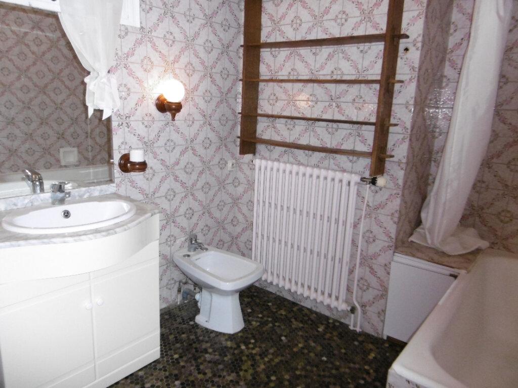 Maison à vendre 5 88m2 à Bressuire vignette-8