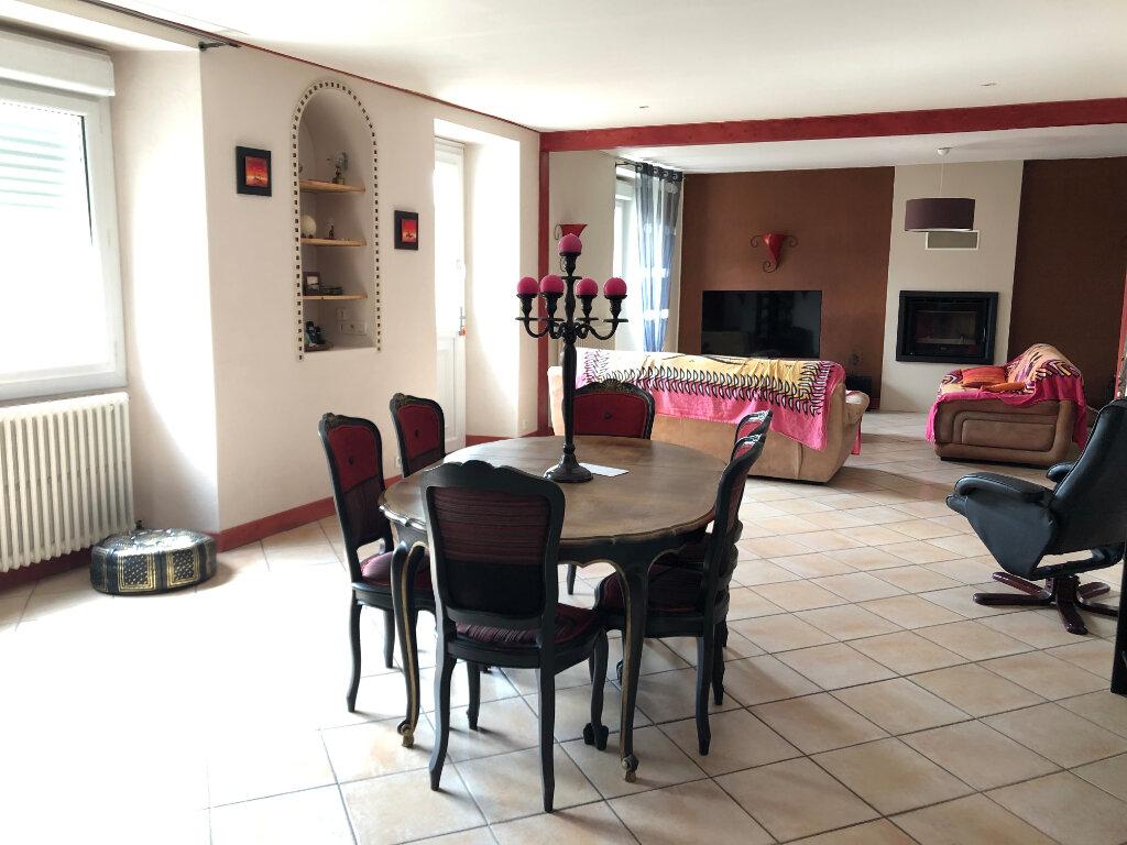 Maison à vendre 9 210m2 à Bressuire vignette-2