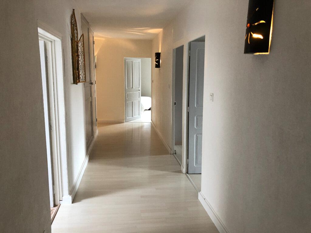 Maison à vendre 9 210m2 à Bressuire vignette-5