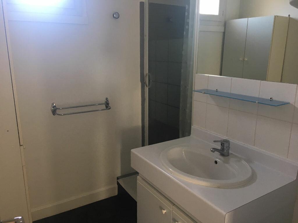 Appartement à louer 3 53.87m2 à Caluire-et-Cuire vignette-5
