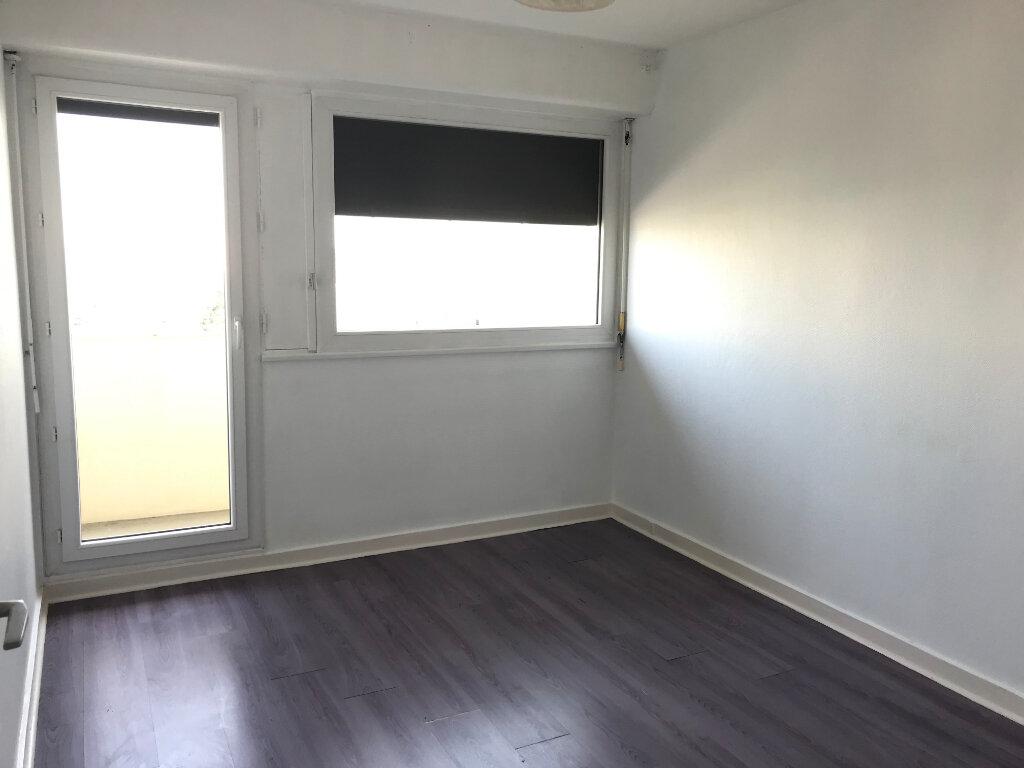 Appartement à louer 4 87.42m2 à Rillieux-la-Pape vignette-5