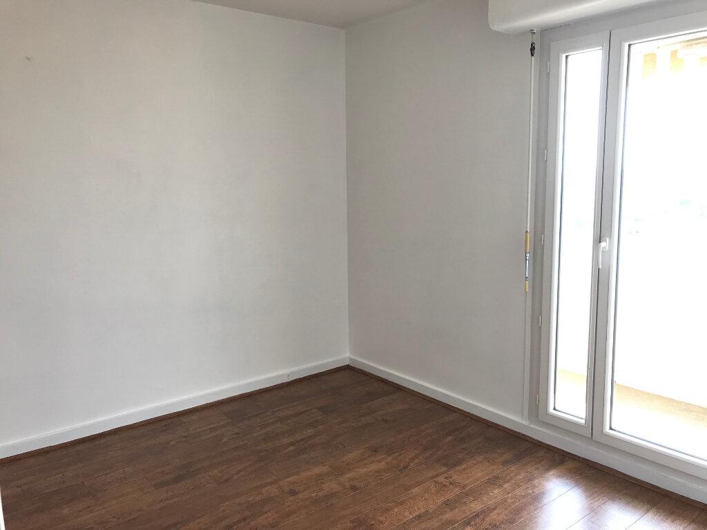 Appartement à louer 4 87.42m2 à Rillieux-la-Pape vignette-7