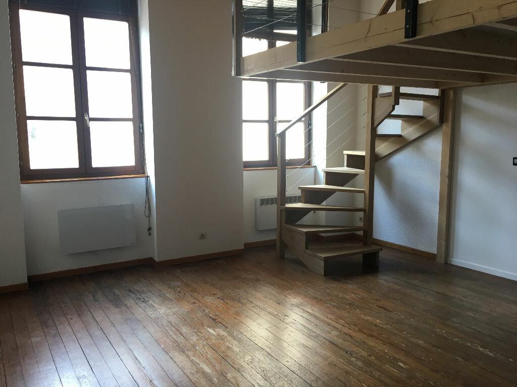 Appartement à louer 2 40.77m2 à Lyon 4 vignette-2