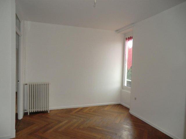 Appartement à louer 3 62m2 à Fontaines-sur-Saône vignette-2