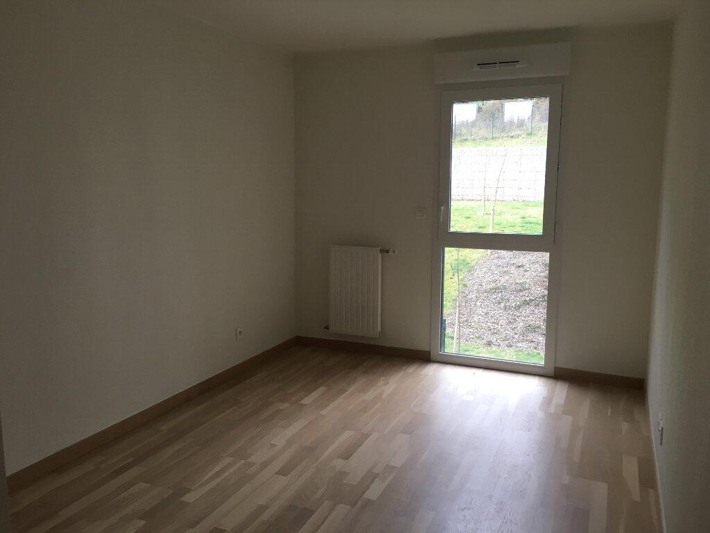 Appartement à louer 3 67.98m2 à Caluire-et-Cuire vignette-5