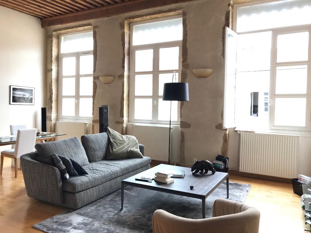 Appartement à louer 3 101.25m2 à Lyon 4 vignette-1