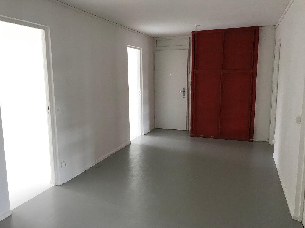 Appartement à louer 4 90.01m2 à Caluire-et-Cuire vignette-11