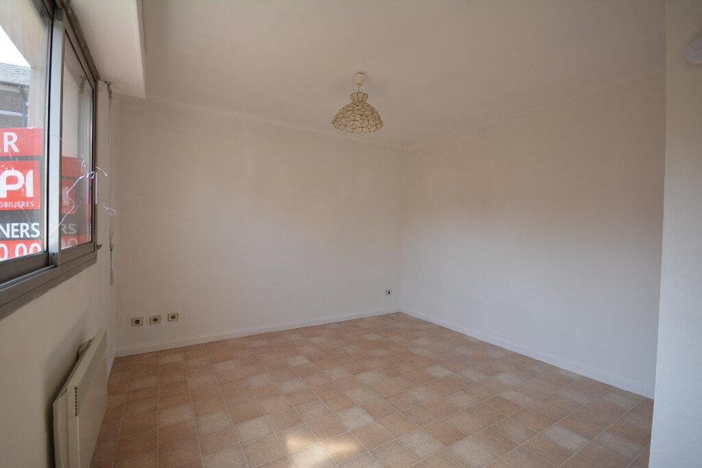 Appartement à louer 1 24.17m2 à Abbeville vignette-3