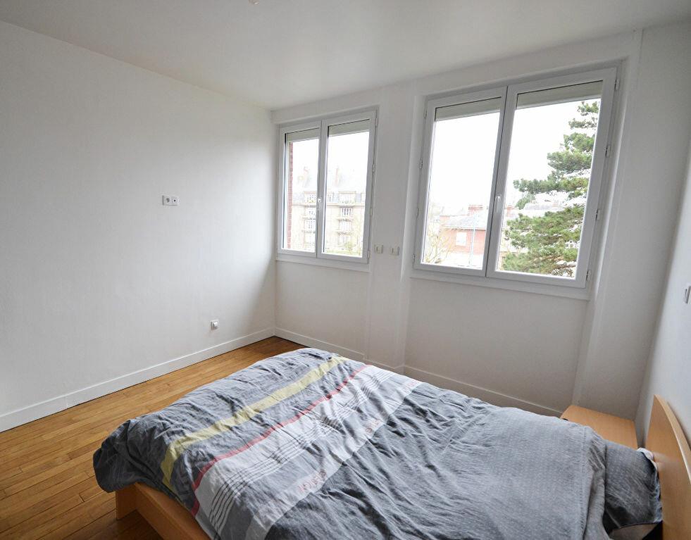 Appartement à louer 2 57.66m2 à Abbeville vignette-3