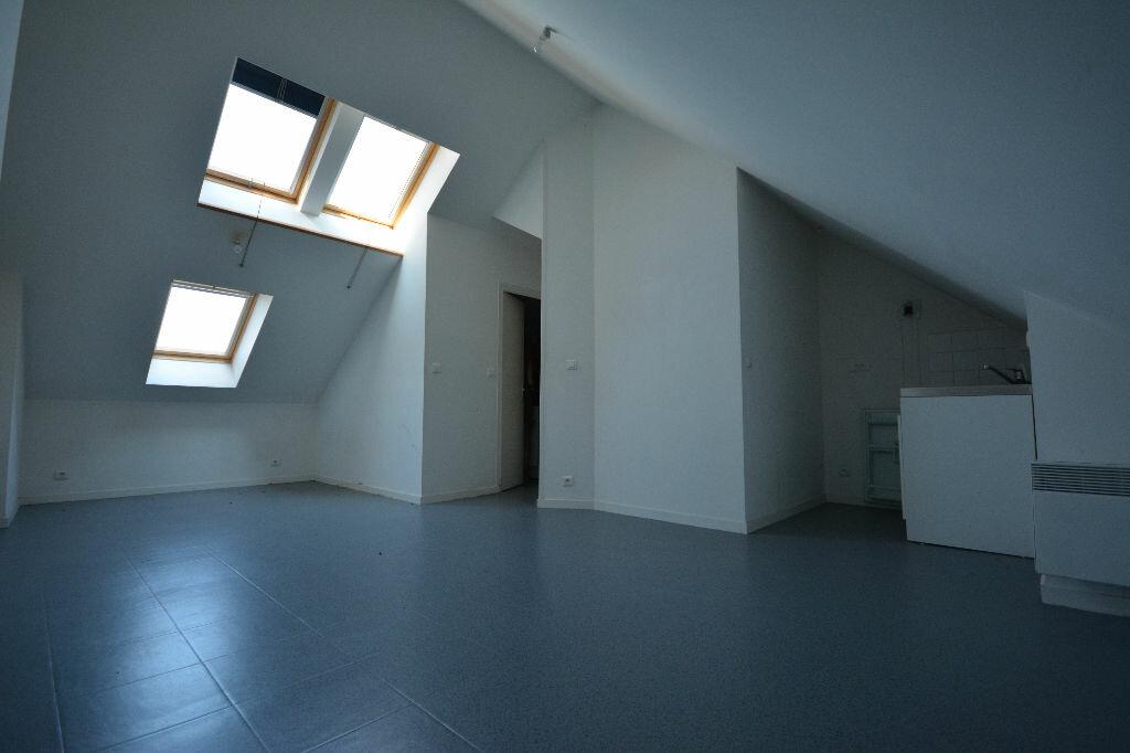 Appartement à louer 1 19.25m2 à Abbeville vignette-1