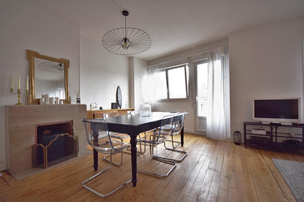 Appartement à louer 3 71m2 à Abbeville vignette-2