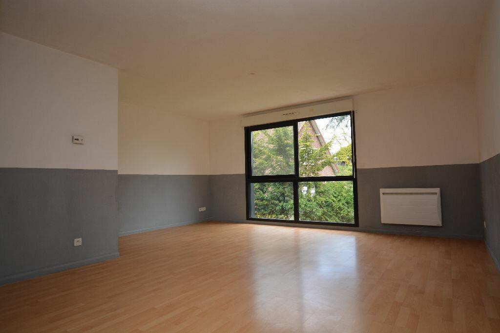 Appartement à louer 2 53.58m2 à Abbeville vignette-1