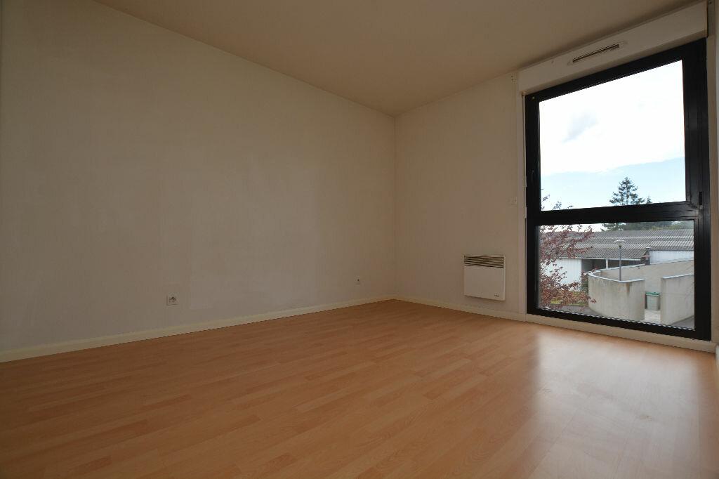 Appartement à louer 2 53.58m2 à Abbeville vignette-3