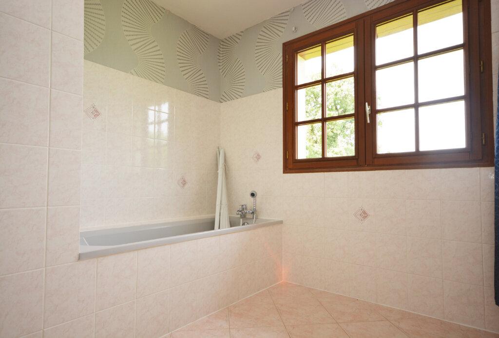 Maison à louer 6 149.33m2 à Drucat vignette-8