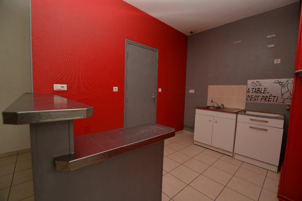 Appartement à louer 3 66.57m2 à Abbeville vignette-1