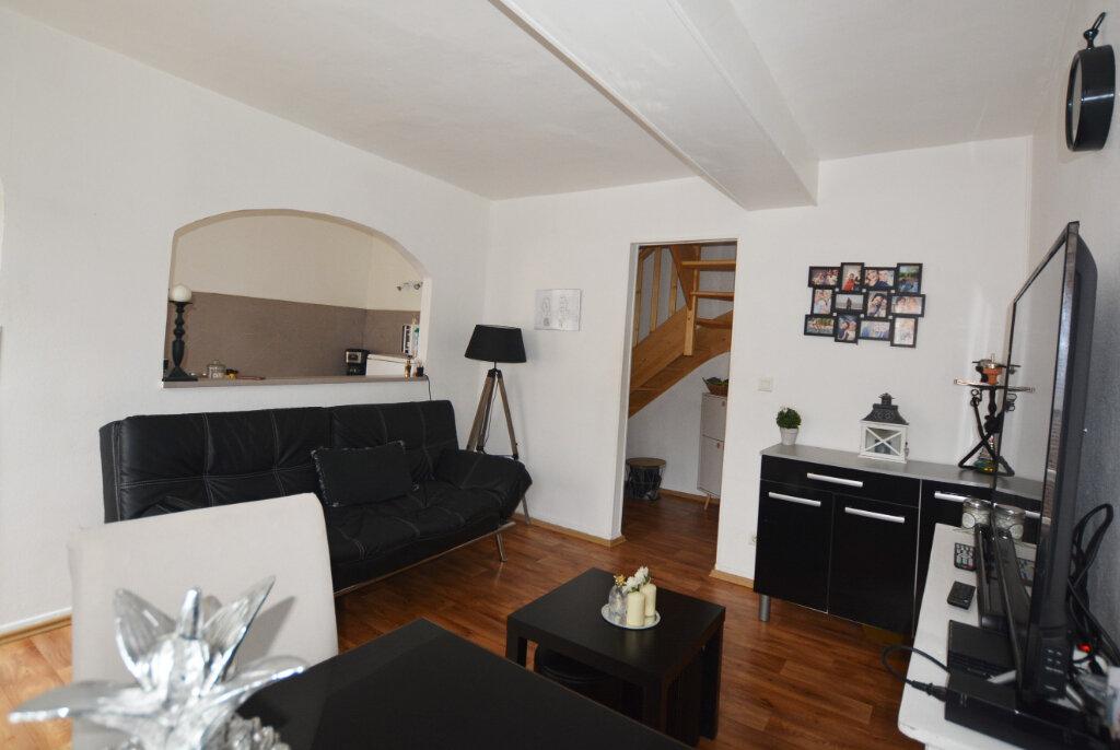 Appartement à louer 3 47.31m2 à Abbeville vignette-1
