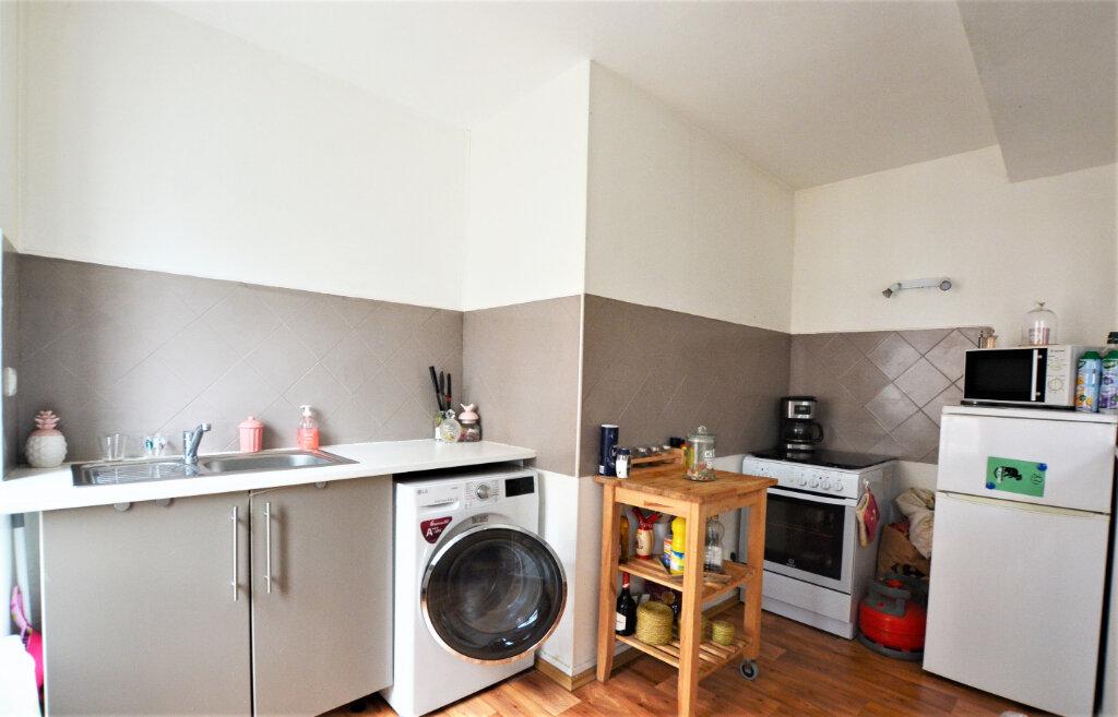 Appartement à louer 3 47.31m2 à Abbeville vignette-3