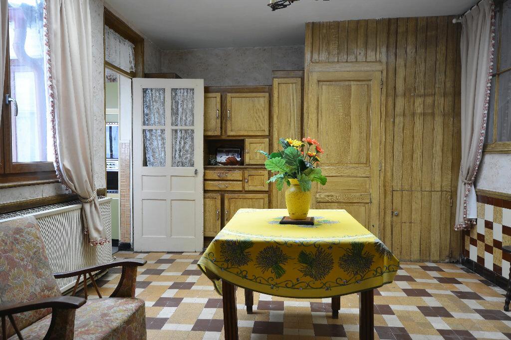 Maison à vendre 7 234m2 à Domart-en-Ponthieu vignette-1