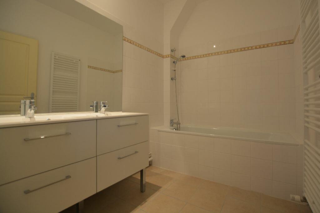 Appartement à louer 3 69.15m2 à Abbeville vignette-5