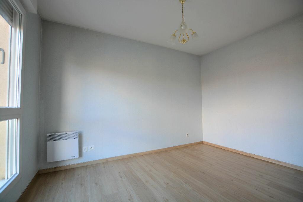Appartement à vendre 2 42.61m2 à Abbeville vignette-2