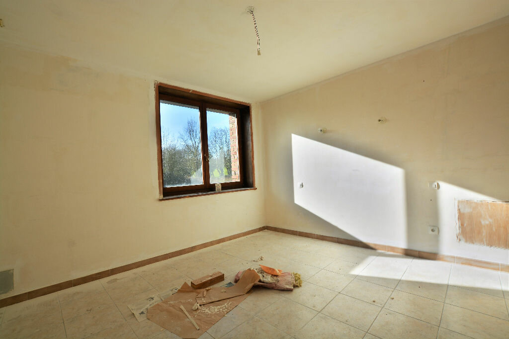 Maison à vendre 7 233.57m2 à Oneux vignette-5